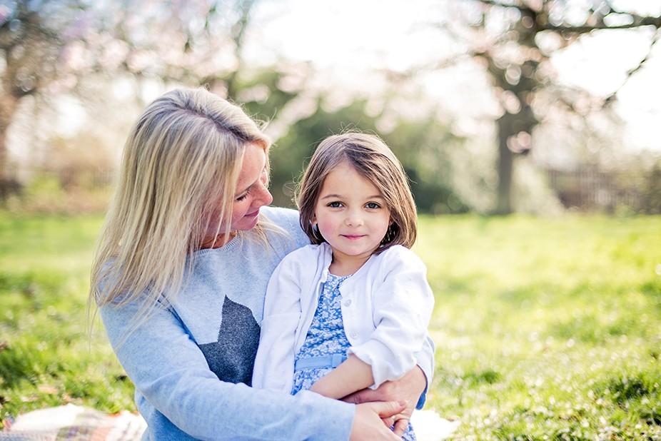Mummy and daughter in Spring photo shoot Twickenham